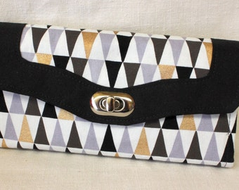 Triangles Black,White, Grey and Gold Clutch Wallet