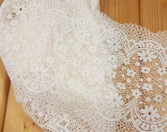 Pale Peach 21 cm wide Crochet Look Stretch lace by the meter