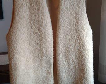 Vintage/ Beautiful Faux Fur Sheepskin Vest/Waistcoat