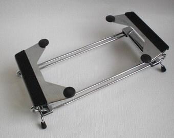 Vintage Tomado Dishholder Adjustable. Made in Holland, Dutch Design, vintage 1970/1980's