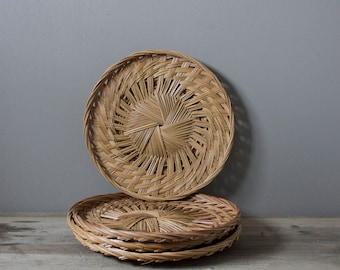 Vintage woven basket tray | wall hanging