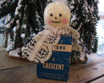 Spice Box Snowman Hand-Crafted Crescent Paper Spice Box Old Lace Glittered Made By Me