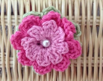 Crochet Flower Corsage Brooch in Pink