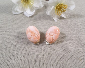 MOLDED GLASS! Beautiful Vintage Gold Tone Pair Of Pink/Peach Molded Glass Flower Clip On Earrings  DL#2204
