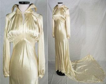 1930s Satin Bias Wedding Gown / 30s Cream Silk Satin Bias Cut Gown W/ Boned Collar, Smocking & Long Dramatic Chapel Train Size: Small