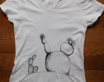 cactus, cactus t-shirt, handpainted cactus, desert t-shirt, handpainted t-shirt, women t-shirt, wearable art, summer shirt,