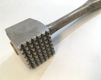Plasmetl Marbled Plastic Handle Meat Tenderizer, Meat Mallet, Hammer, Cast Aluminum 1950's, USA