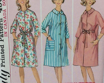 Simplicity 5531 misses robe size 16 bust 36 vintage 1960's sewing pattern   Uncut  Factory folds