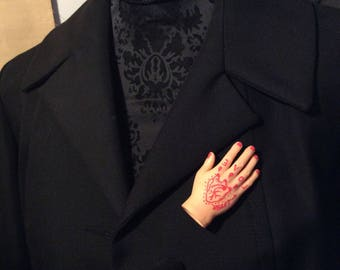 """Brooch hand: the hand over the heart """"#miss xx"""