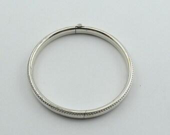 Vintage Child's Hollow Sterling Silver Hinged Bangle Bracelet  #CHILD-BB1