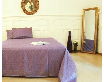 Goa, brocaded bed linen and two cushion covers