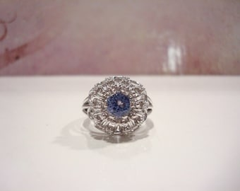 Outstanding Vintage Platinum Tanzanite Diamond Ring 8 Grams.
