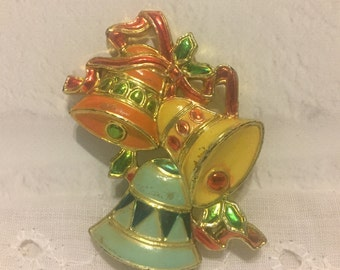 Vintage Christmas Pin, Christmas Bells, Christmas Jewelry, Made in Hong Kong