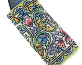 Paisley Beaded Case Kit by Ann Benson