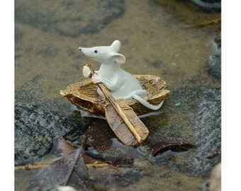 Fairy Garden  - Mouse Rowing Boat - Miniature