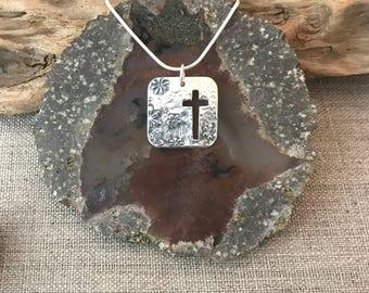 Daisy Cross Silver Pendant