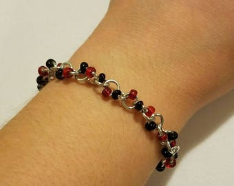 Silver, Red, & Black beaded chainmaille bracelet