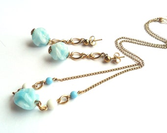 Vintage Beaded Necklace Earrings Set Pierced Dangle Drop Petite Dainty Simple Marbled Blue White Gold Tone Chain Art Glass