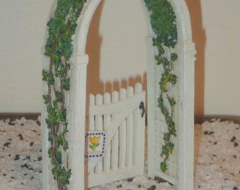 Miniature Dollhouse Or Fairy Garden Trellis Gate