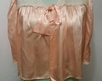 Vintage Peach Lingerie Cropped Bed Jacket 1940s Lace