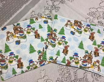 Snowmen Pot Holders - Winter Trivets - Winter Pot Holders - Fabric Trivets -Custom Pot holders - Winter Decor - Custom Hot Pads
