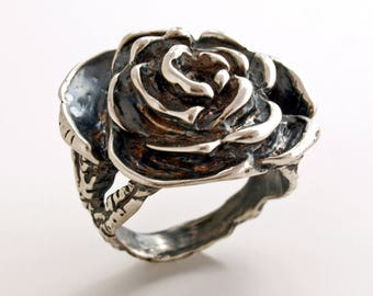 Rose. Sterling silver ring.