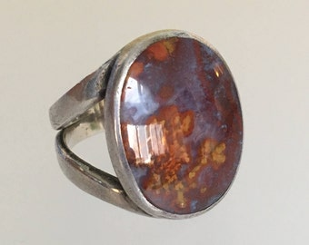 Vintage Red Moss Agate Sterling Silver Ring. Oval Cabochon. Size 8.25. Estate.