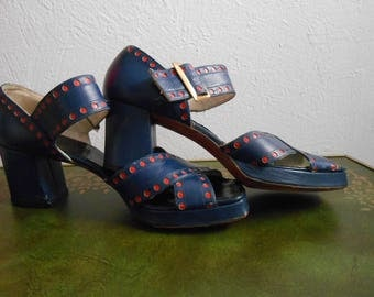 Vintage 1960s DeLiso Deb Mod Sandals or Open Toe Chunky Heels with Polka Dots