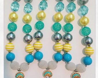 Cinderalla rhinestone chunky necklace