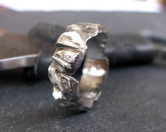 Carved Silver Mens Ring Mens Wedding Band Unique Mens Wedding Band Mens Wedding Ring Viking Wedding Ring Mens Wedding Bands Rustic Wedding