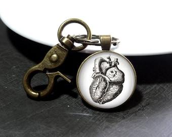 Metal Heart Keychain Heart Surgeon Doctor Keychain Heart Gift - Heart Art Nurse Keychain Anatomy Heart Doctor Keychain Medical Student Gift