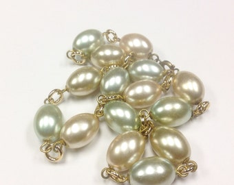 Vintage, mid century, pastel glass pearl necklace.