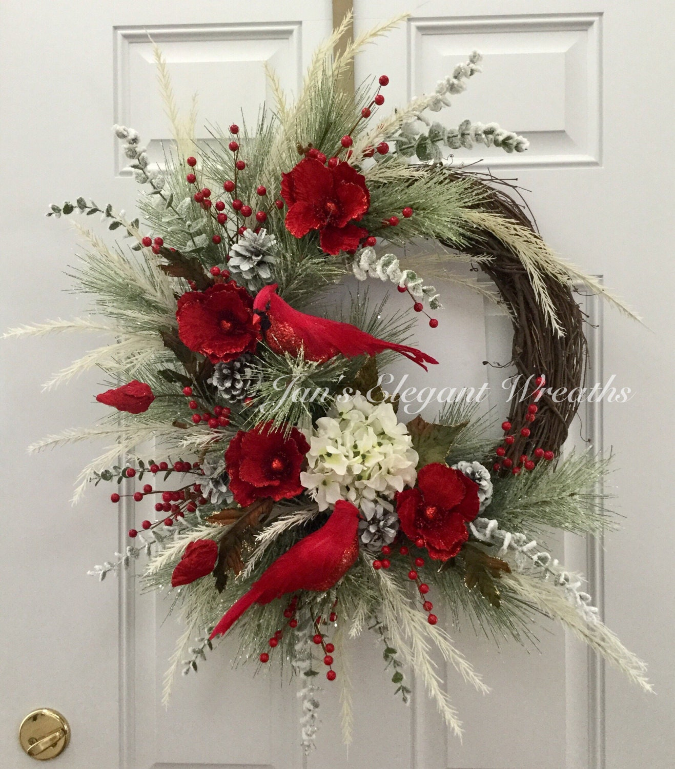 Christmas wreath cardinal wreath elegant christmas wreath for Xmas decorations ideas images