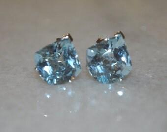 Beautiful Genuine Blue Topaz & Sterling Silver Ladies Stud Earrings