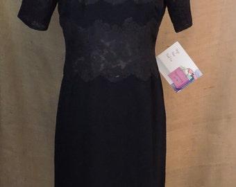 New Listing** - 2763 - Vintage Plisse Dress Size L Navy Blue Short Sleeve Knee Length Acetate 1960s