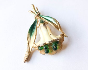 Green and white gold flower brooch | Floral pin | Flower jewelry | Green pin |