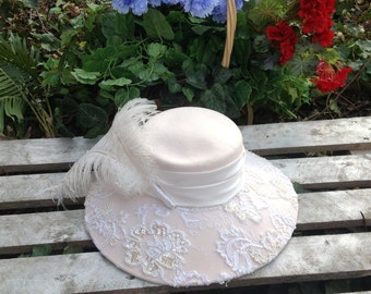 Elegant feather hat,bridal,tea party,formal ,vintage
