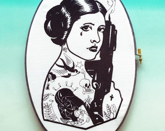 Princess Babe | Star Wars Fan Art | Hoop Art | Wall Art | Embroidered | Geek Gift | Home Decor | Black and White | Cloth and Twig