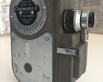 Cinemaster II Model G-8 Vintage 8mm Home Movie Camera - Universal Camera Corp., 1946