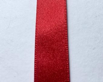 20 Metre Roll x 1.5cm Width Berisfords Double Faced Satin Ribbon - Pillar Box Red - Red 250