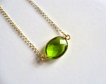 Peridot Gold Necklace / 14K gold vermeil / Green Gemstone Bezel Necklace / Simple Layering Boho Necklace / Gift for her / August Birthstone
