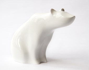 Wooden Polar bear Statue, Wooden Polar bear Figurine, Wood Carving, Hand Carved, Wooden Statue, Wooden Figurine