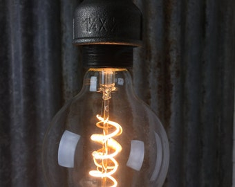 Plumen Whirly Wyatt : Dimmable LED Filament Light Bulb E27 4W