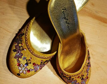 Belle Beauty and the Beast shoes,yellow Belle shoes,vintage princess shoes