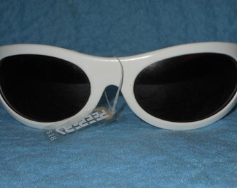 1980s Peepers Large White Frame Sunglasses, New with Tag Made in France
