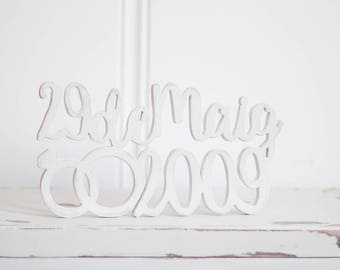 Wooden with wedding date sign