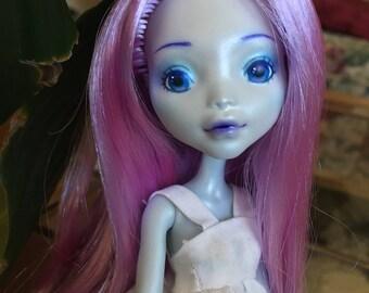 Winter Girl Monster High OOAK