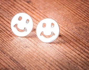 925 Sterling Silver Smiley Face Stud Earrings
