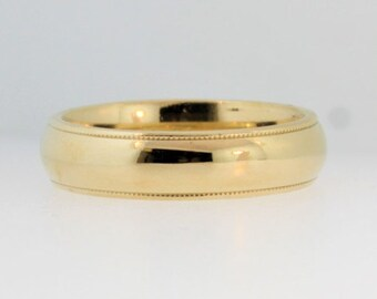 Classic Wedding Band in 14k Yellow Gold - Wedding Jewelry