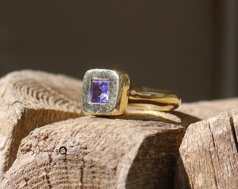 Square top ring 14k solid gold amethyst engagement ring birthday gift